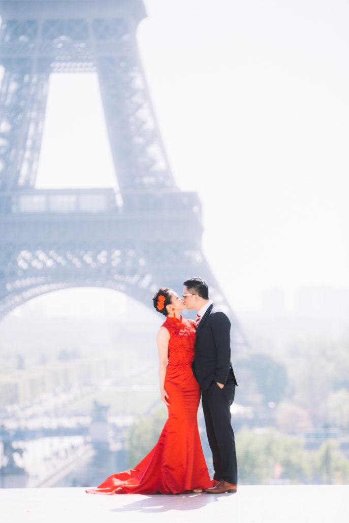 Photo de couple Paris Tour Eiffel