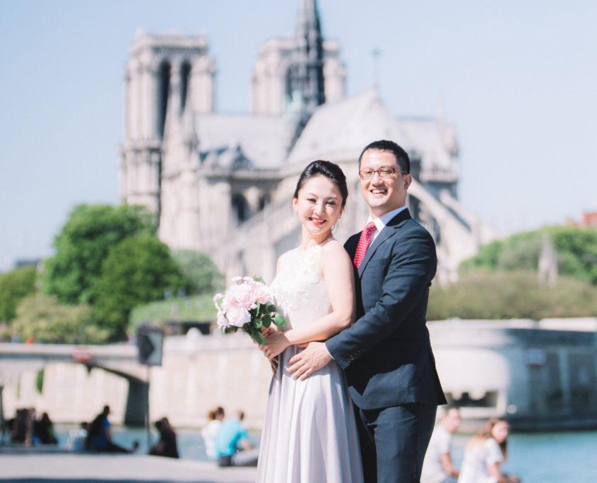 Photo de couple Notre Dame de Paris